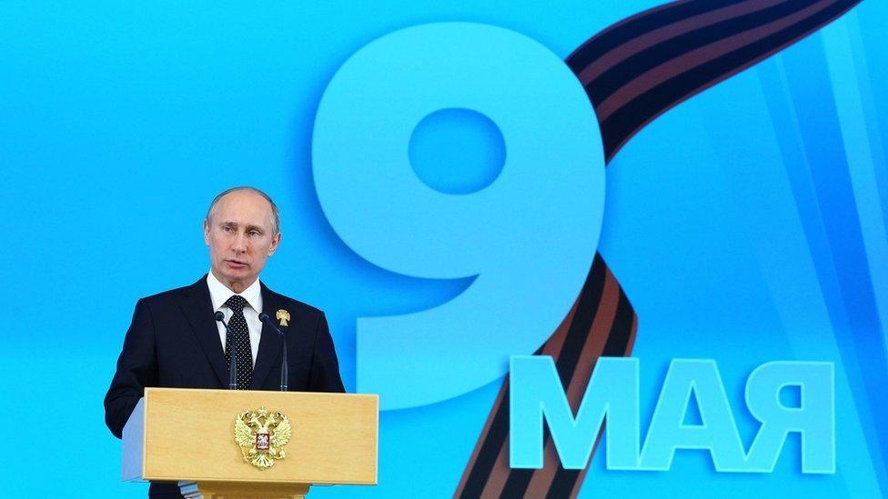 Russia's President Vladimir Putin speaks at a special banquet reception for WW2 veterans to mark Victory Day in the Kremlin in Moscow, 9 May 2013