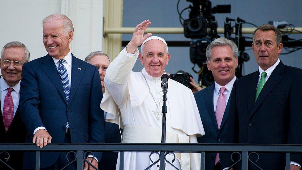 El papa Francisco y Joe Biden