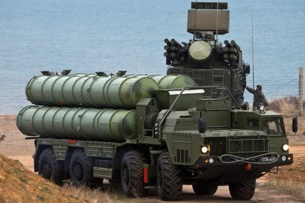 نظام إس 400 مضاد للطائرات تابع لروسيا في القرم