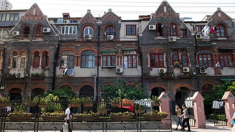 Los edificios donde se produjo el confinamiento.
