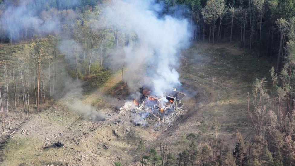 دمر الانفجار مخزن ذخيرة نائيا يقع في غابة تشيكية