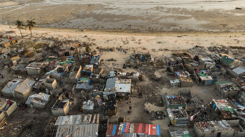 Image showing debris and devistation caused by Cyclone Idai in Mozambique in March 2019
