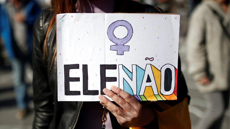 Cartel contra Bolsonaro.