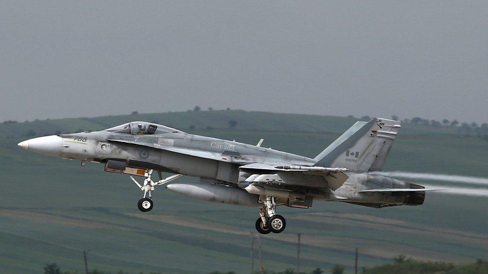 Канадський винищувач F-18