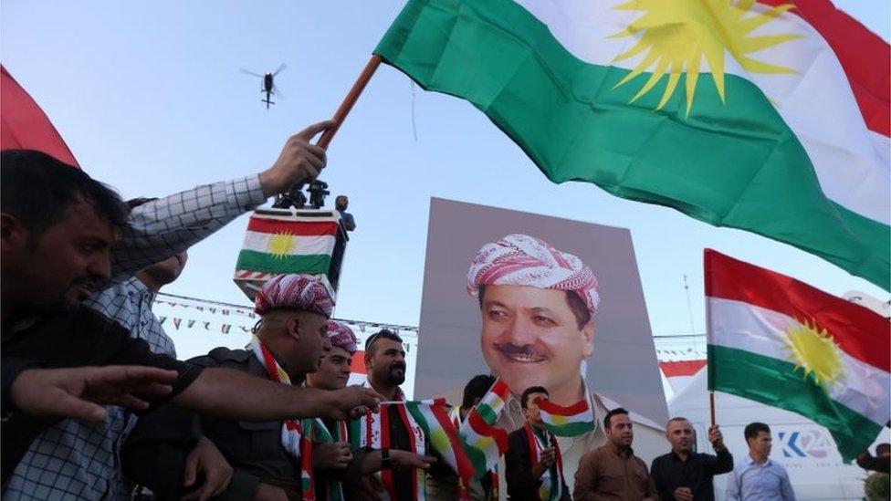 Iraqi Kurds rally in Irbil, with poster of Massoud Barzani (13/09/17)
