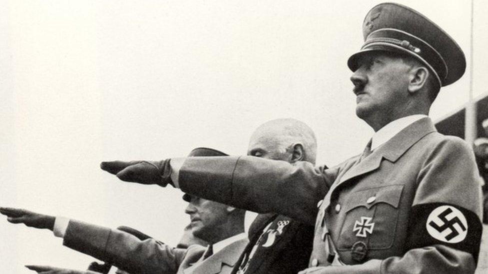 Grupa je osnovana posle Drugog svetskog rata