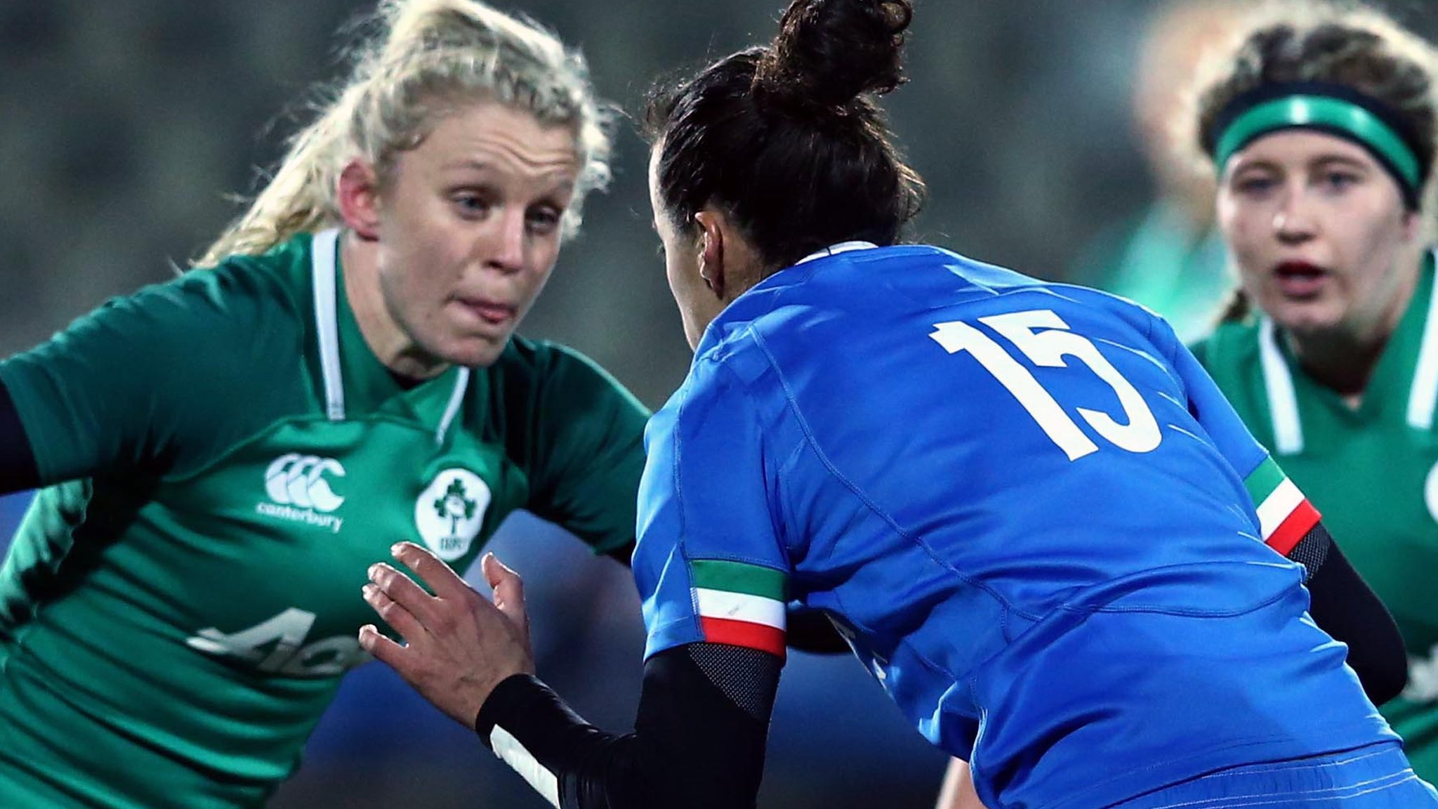 Italy women beat Ireland for first time with hard-fought victory