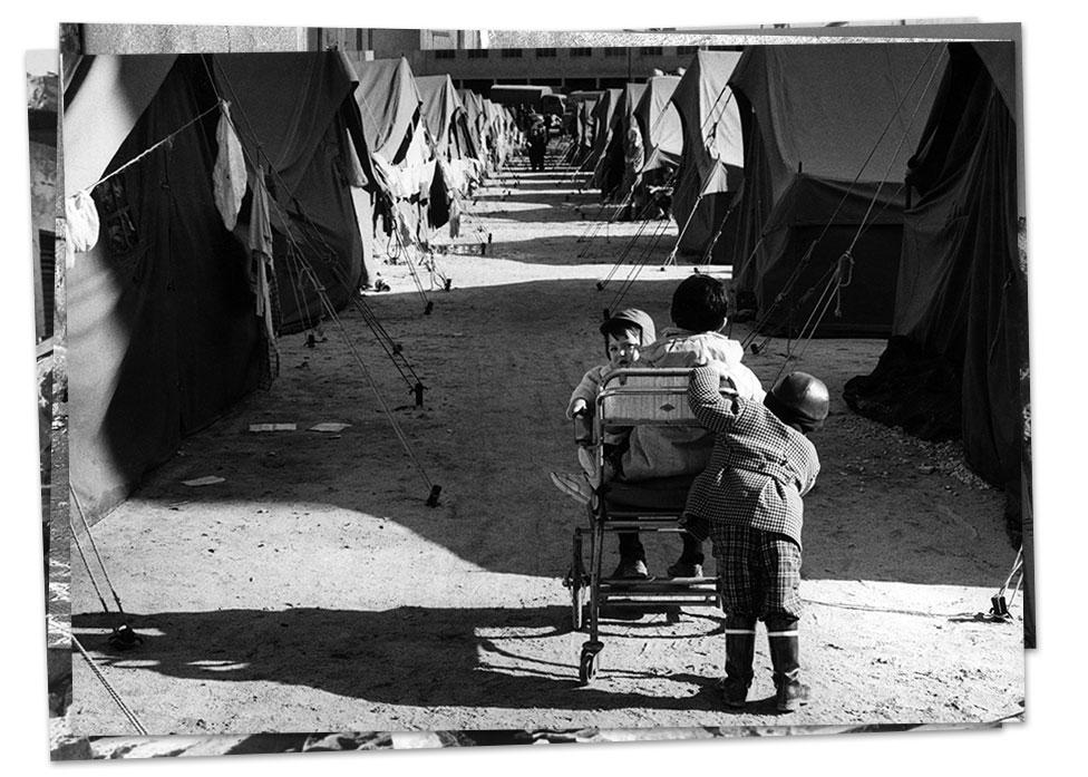 Campamento para afectados por el terremoto del Bélice.