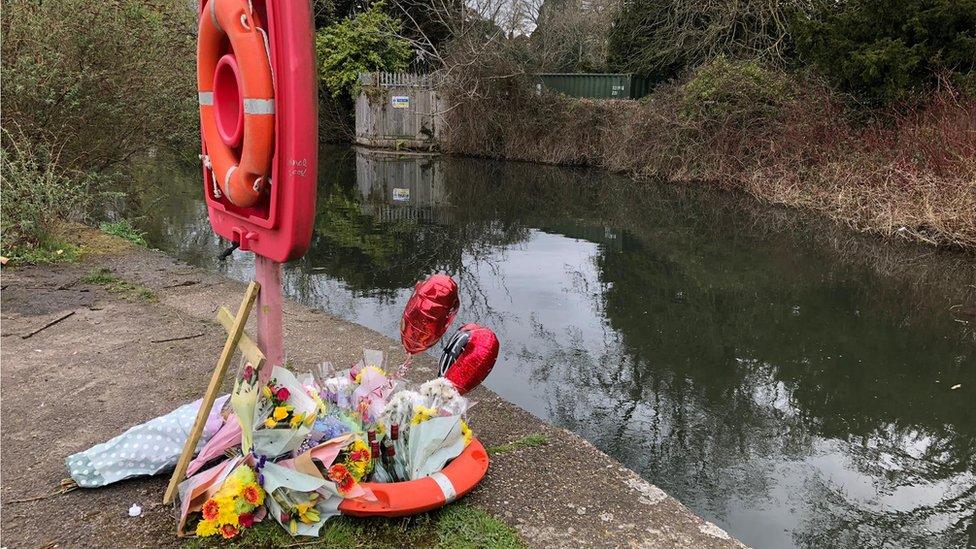 Man's handcuffed body found in Southampton river