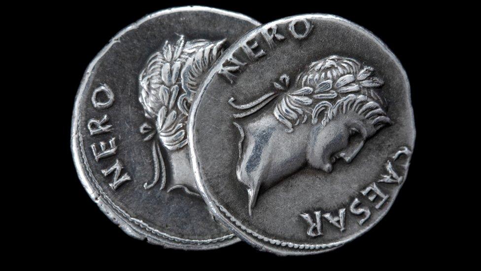 Monedas de la época de Nerón.