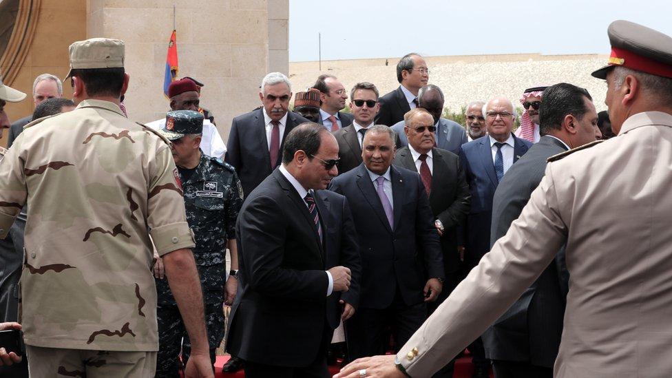 السيسي في افتتاح أحد المشاريع في مصر