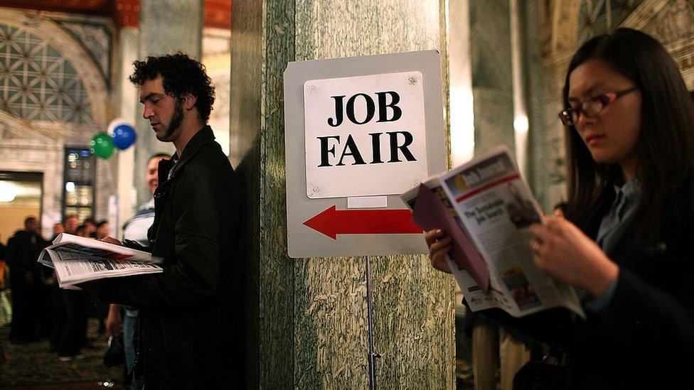 Covid: Millions of Americans face unemployment benefits lapse thumbnail