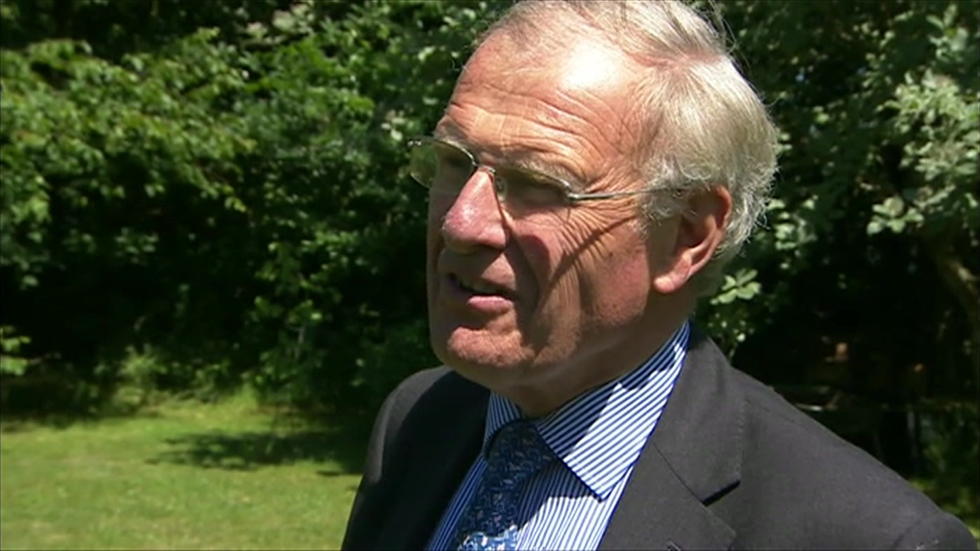 Sir Christopher Chope defends blocking 'upskirting' bill