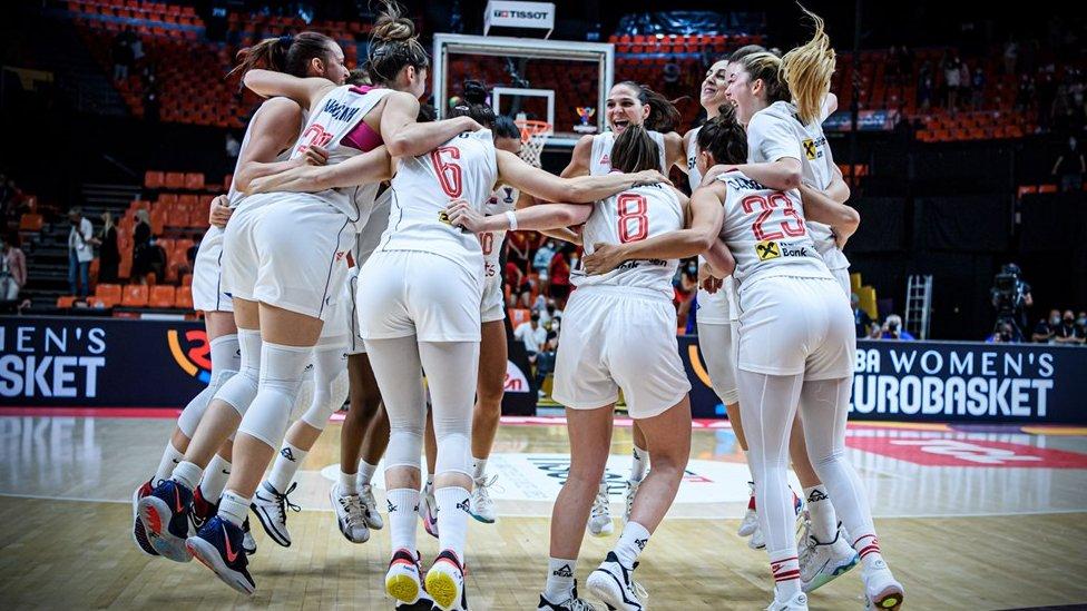 Slavlje košarkašica Srbije