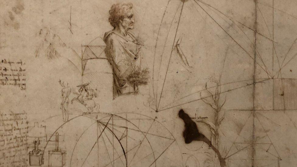 رسوم من بين الآعمال الفنية التي استعارة اللوفر من المجموعة الملكية للملكة إليزابيث الثانية