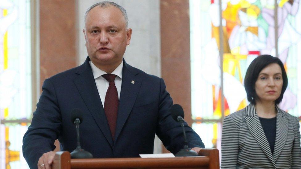 Президент и премьер Молдовы пообещали определить полномочия Гагаузии