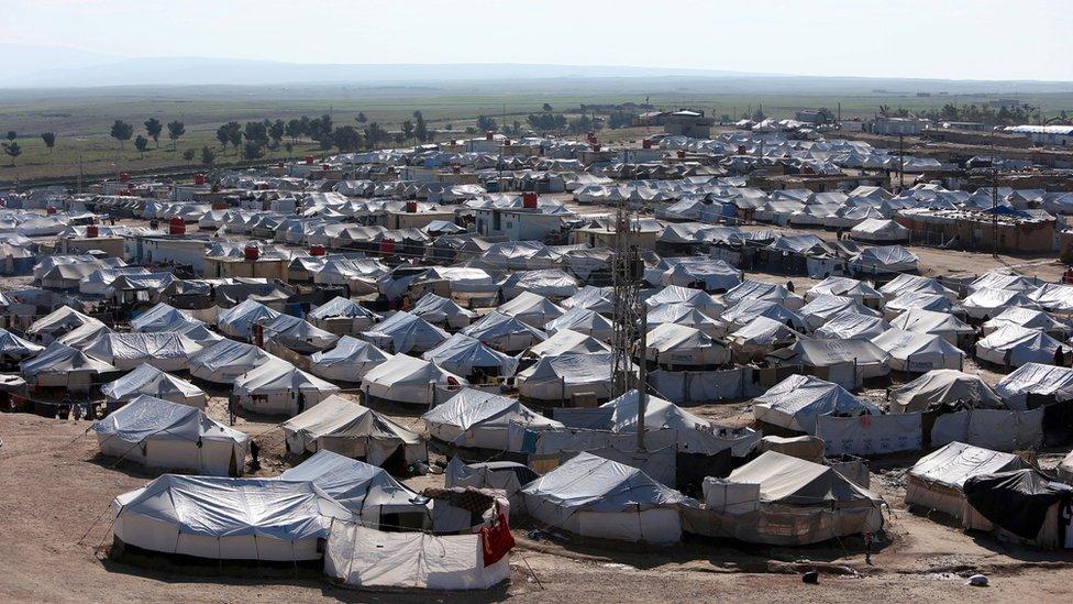 El Hol kampında 61 binden fazla kişi kalıyor