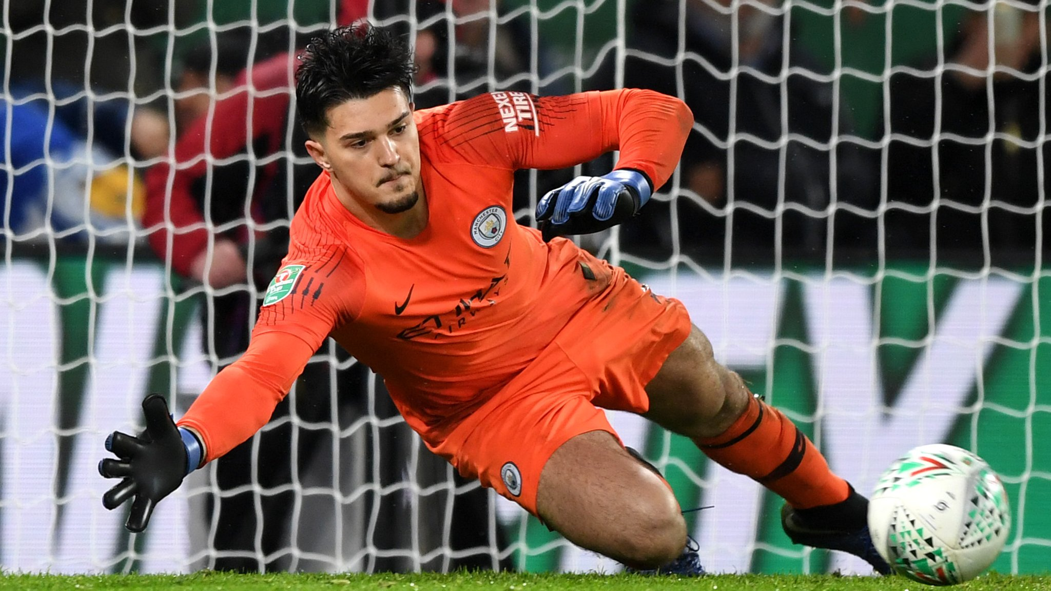 Man City beat Leicester on penalties to reach semi-final