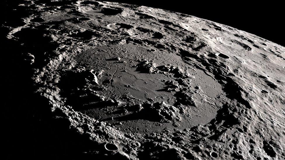 Cráter de Schrodinger