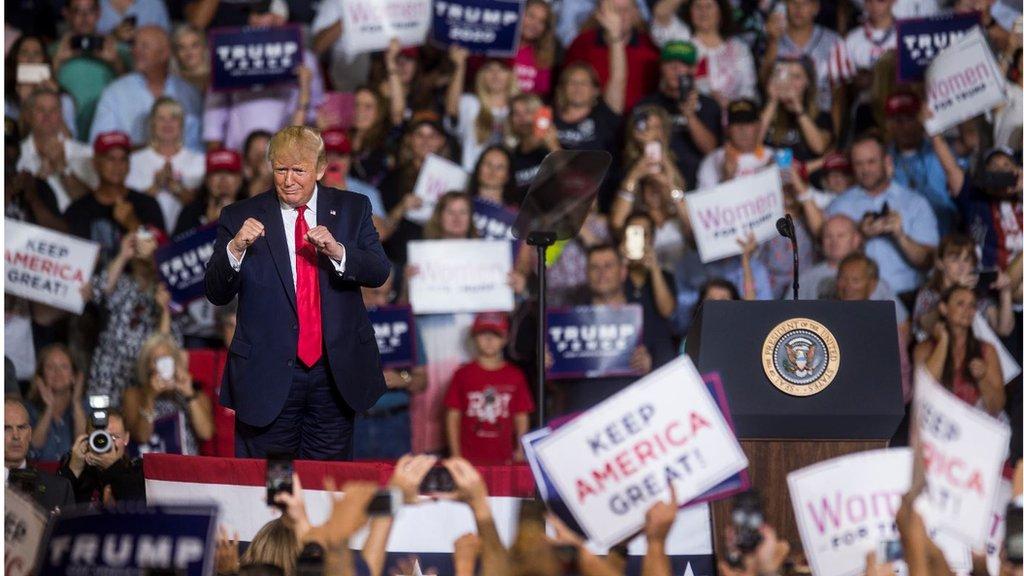 الرئيس ترامب في لقاء جماهيري في نورث كارولاينا