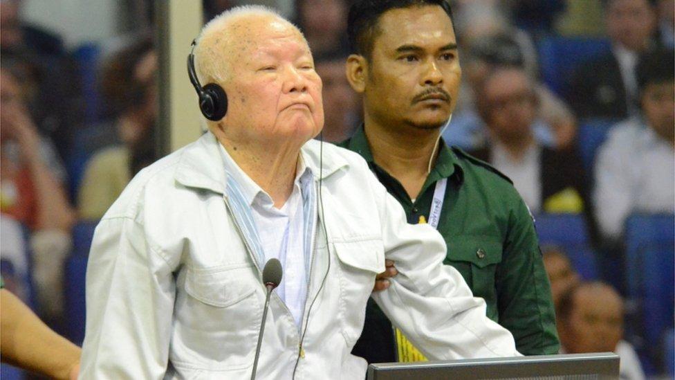Kije Sampan sluša presudu