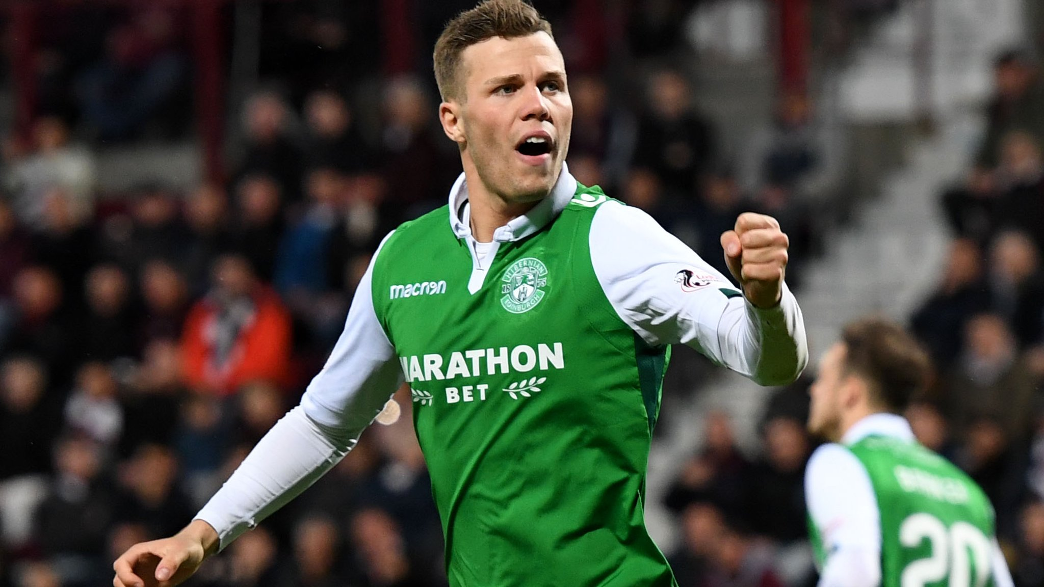 Florian Kamberi: Hibernian sign Swiss striker on three-year deal
