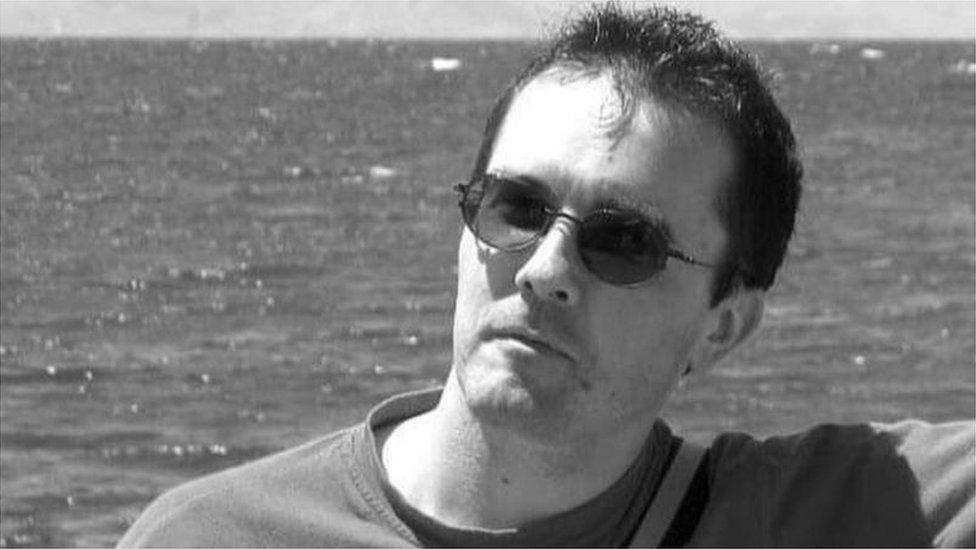 被殺害的法國中學歷史、地理教師