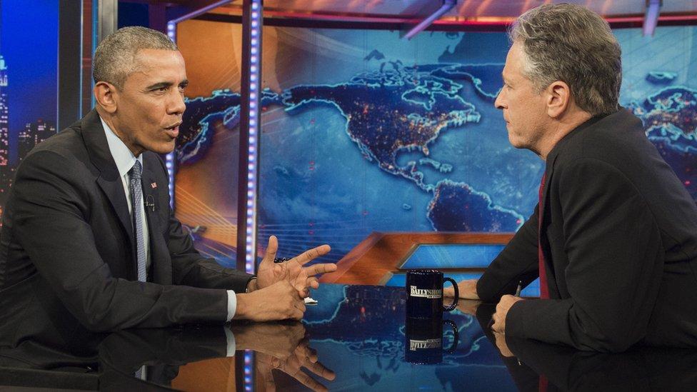 喬恩司徒爾特多次訪問前美國總統奧巴馬。