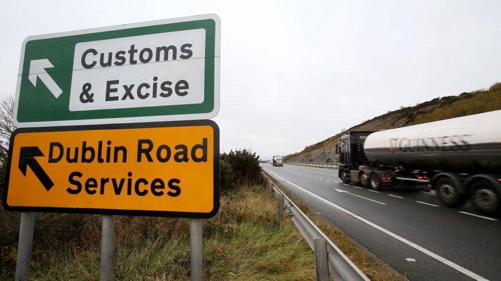 Actualmente existen muy pocos controles para el comercio entre las dos Irlandas.