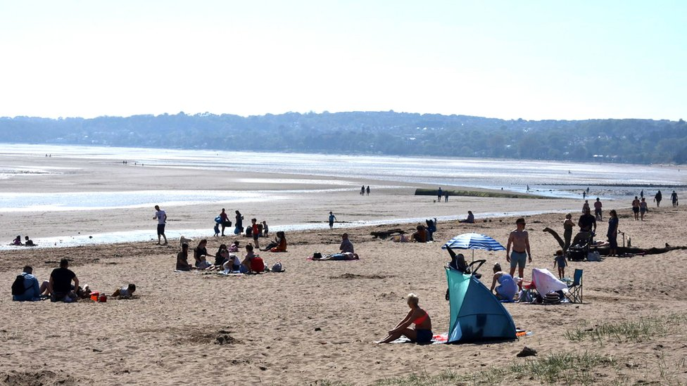 Record Easter temperatures in three nations of the UK