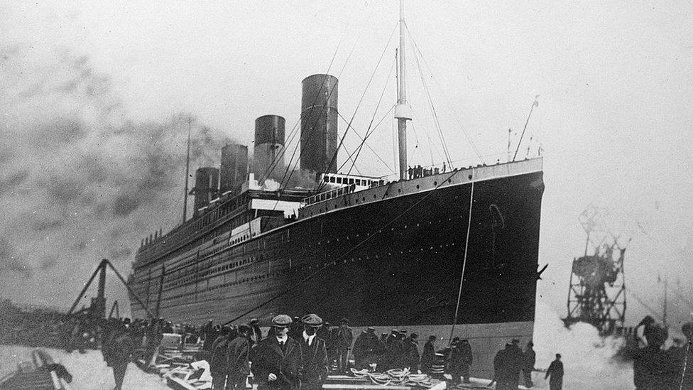NO USAR. BBC. El Titanic en puerto