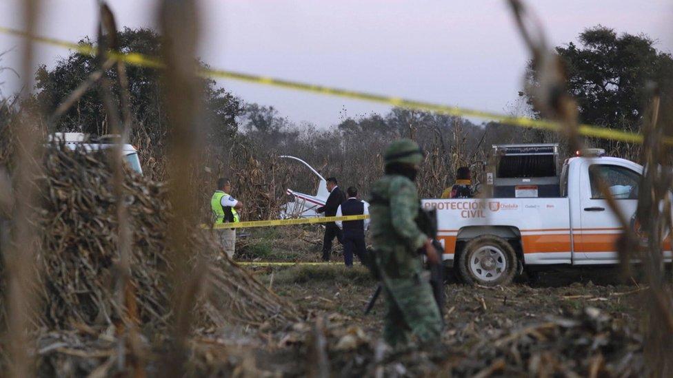 Lugar del acccidente de helicóptero en Puebla, México