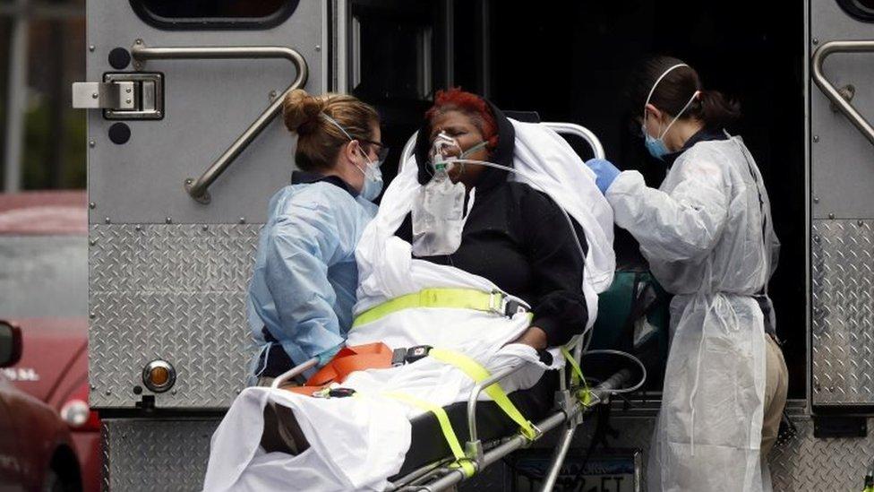 Coronavirus: US death toll exceeds 5,000 - BBC News