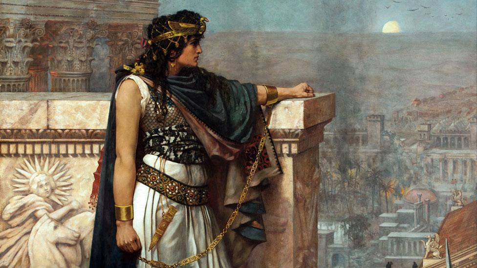 Un retrato de Zenobia mirando por última vez Palmira, pintado por el artista Herbert Gustave Schmalz