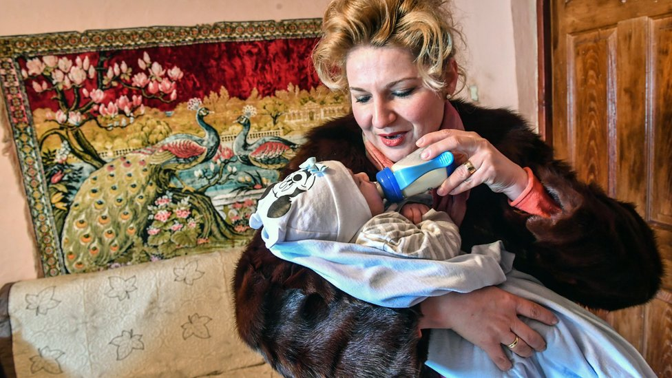 A mother and child from Romania's Roma community