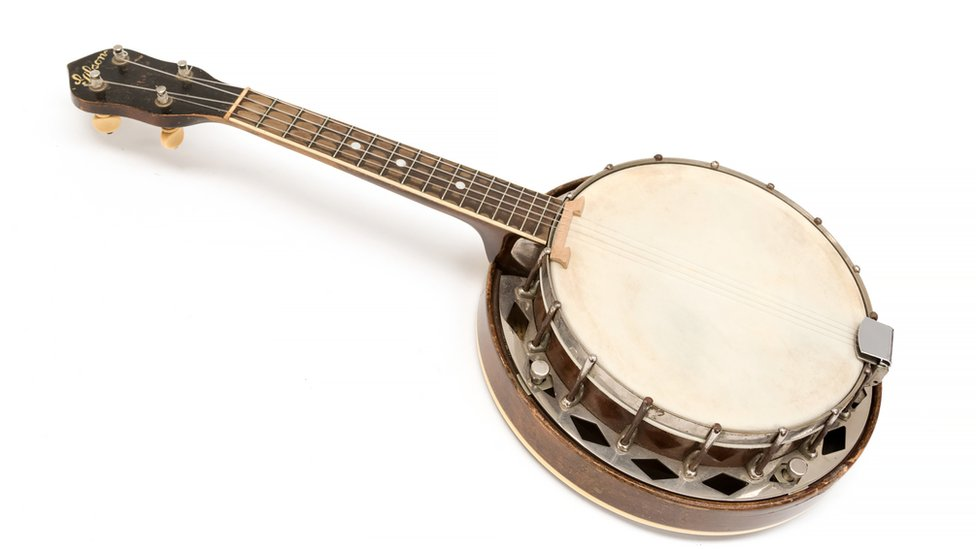 George Formby's banjo ukulele to be sold