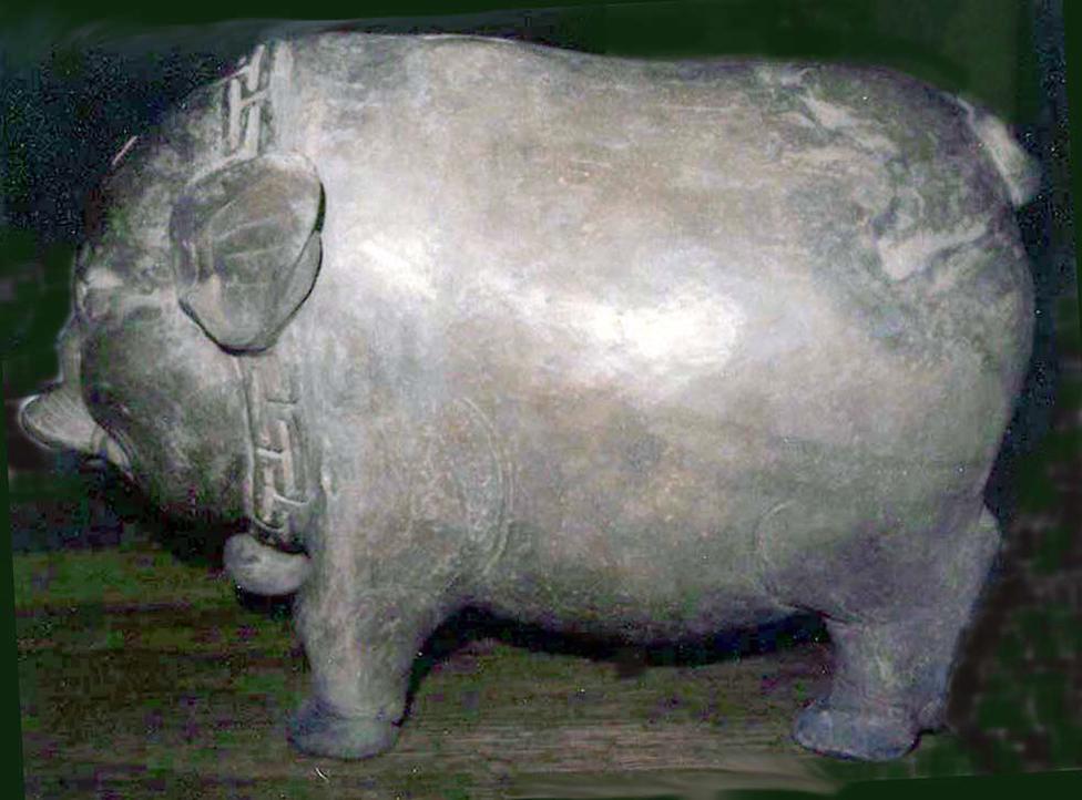 Cerdo hecho en terracota en Java, Indonesia