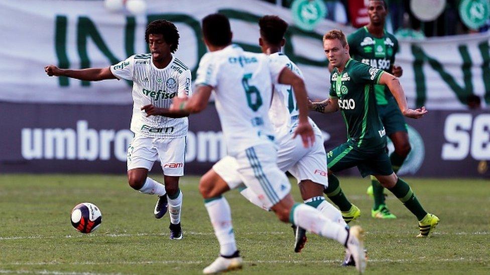 Palmeiras y Chapecoense