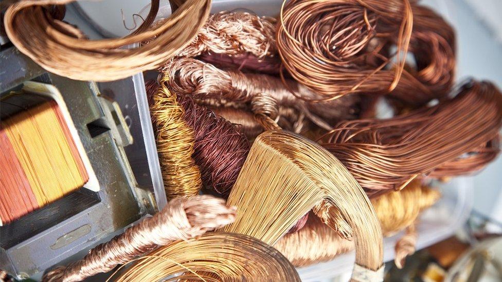 Cable de cobre.