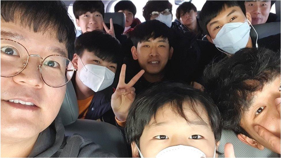 Kim Tae-hoon and his boys
