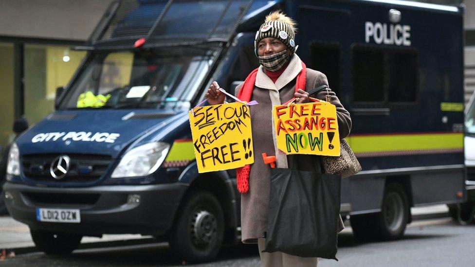 Apoiador de Assange