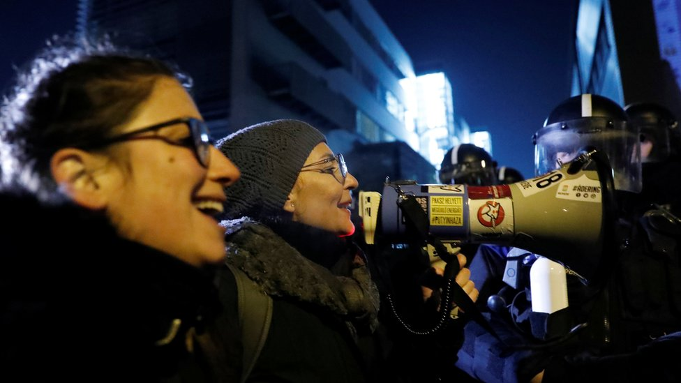 Demonstranti ispred državne televizije