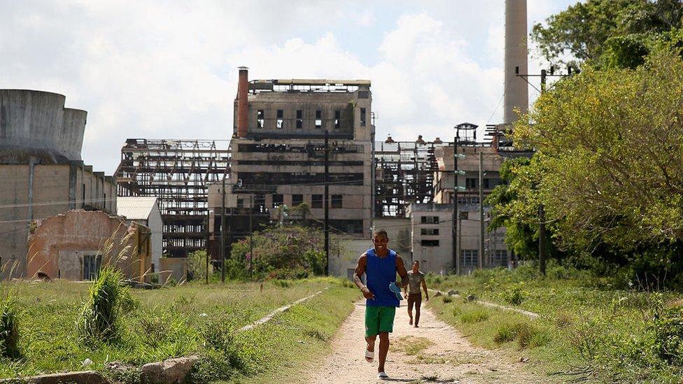 Fábrica Hershey, Cuba.
