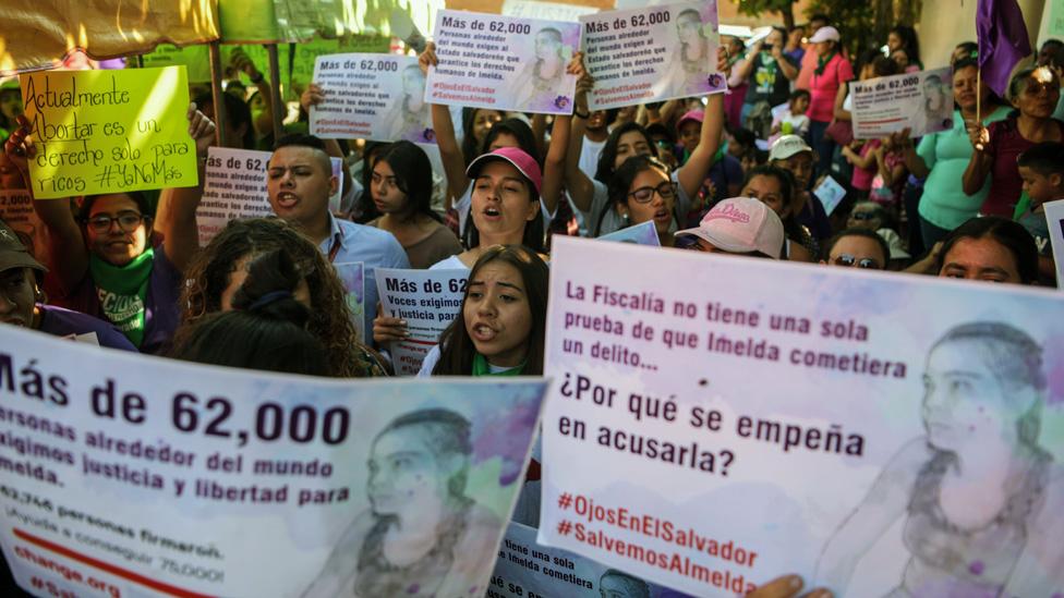 Manifestación en apoyo a Imelda Cortez