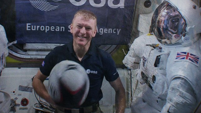 Six Nations 2016: Astronaut Tim Peake launches BBC coverage from space