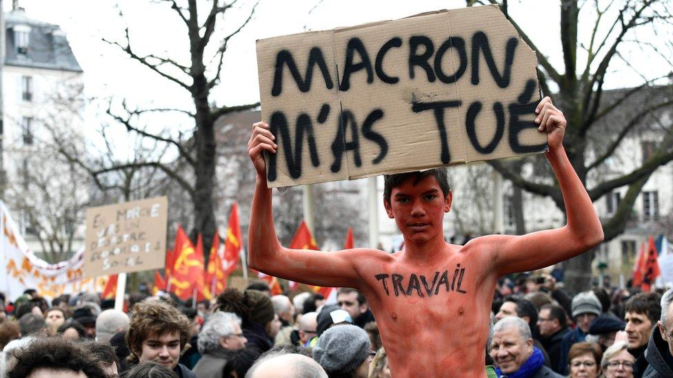 Anti-Macron protester