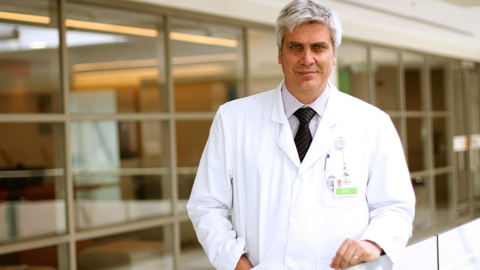 Dr. Sebastián Illanes