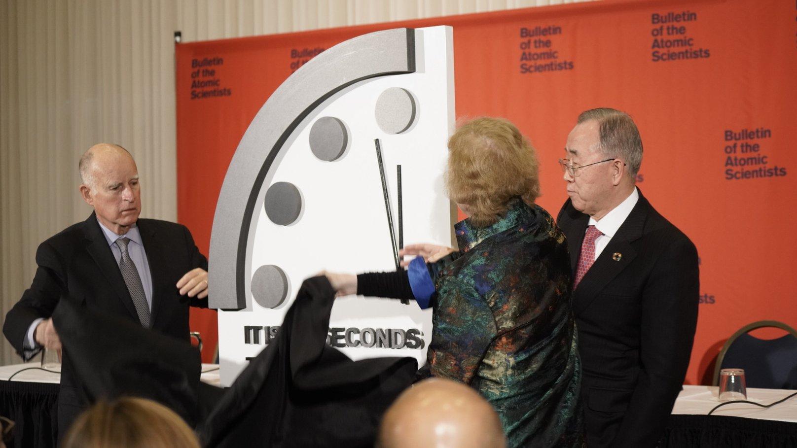 終末時計」残り100秒、史上最短に 気候変動や核問題で - BBCニュース