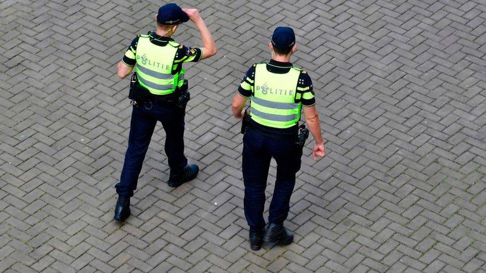 Hollanda polisi