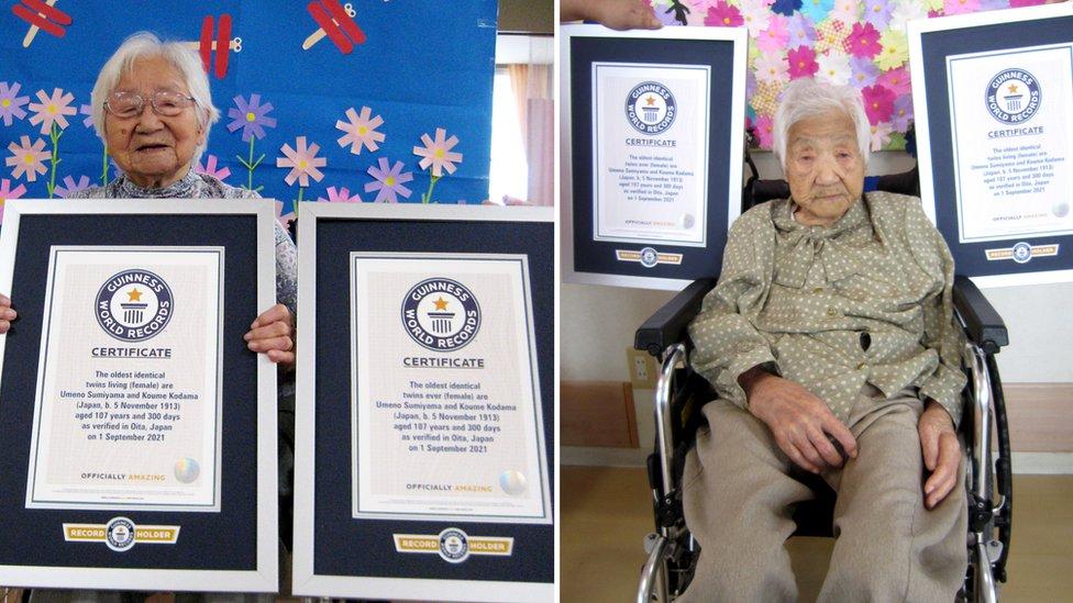 Umeno Sumijama i Kume Kodama sa sertifikatima